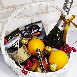 Подарочный набор Корзина Праздничное изобилие