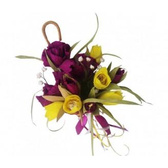 Зонтик с ирисами и тюльпанами
