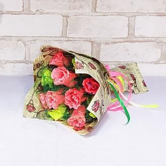Букет из конфет Розы 11 кораллово-лаймовые