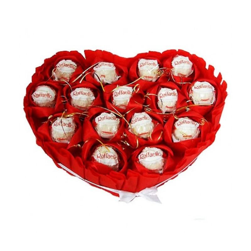Букет из конфет Рафаэлло Сердце