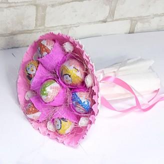 Букет из конфет Киндеры 7