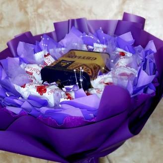 Букет из конфет Сиреневый туман
