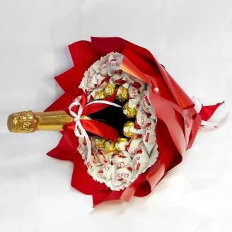 Букет из конфет Красное золото