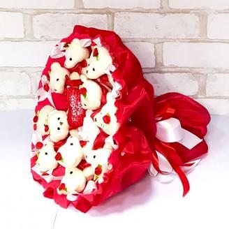 Букет из игрушек Мишки 11 красный с бантиками и сердечком