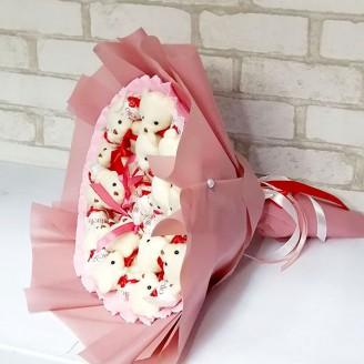 Букет из игрушек Мишки 15 рафаэлло розовый