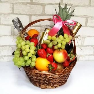 Подарочный набор Корзина фрукты, асти, вино, шоколад