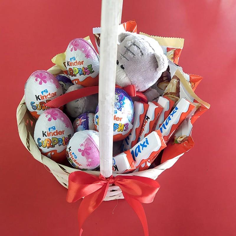 Подарочный набор Корзина Тедди и шоколад