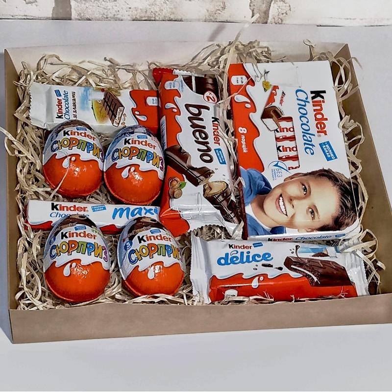 Подарунковий набір Kinder surprise