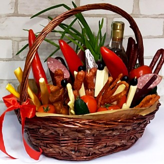 Подарочный набор Сыры, колбасы, алкоголь