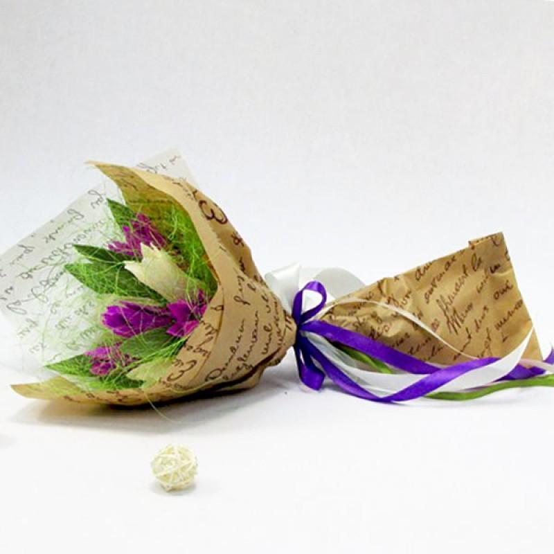 Букет из конфет Тюльпаны бело-сиреневые