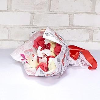 Букет из игрушек Зайки 3 рафаэлло крафт