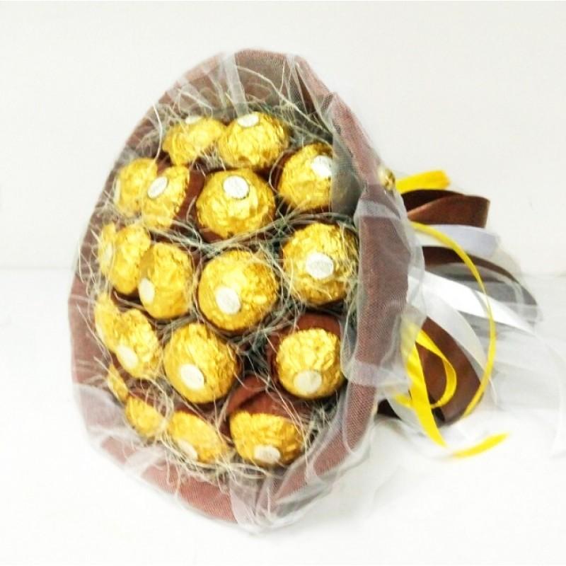 Букет з цукерок Ферреро роше 21