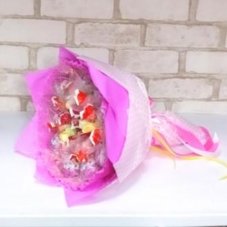 Букет из конфет Киндер и чупа-чупс