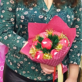 Букет из конфет Розы 7 рафаэлло новогодний