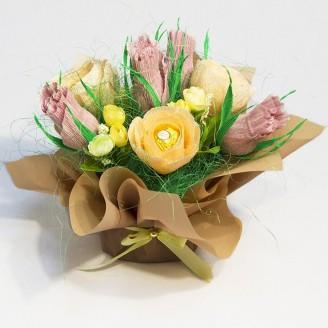 Букет з цукерок Троянди 7 у крафт-горщику