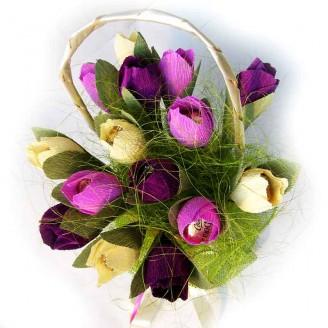 Букет из конфет Корзина тюльпанов