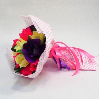 Букет из конфет Весенний 15