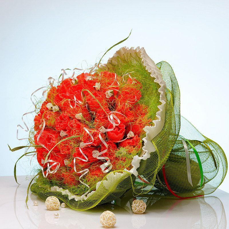 Букет из конфет Розы Коралловая роскошь