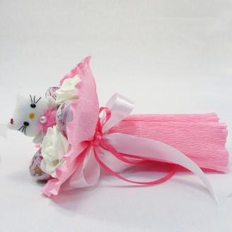 Букет з іграшок Котик з кіндер сюрприз рожевий