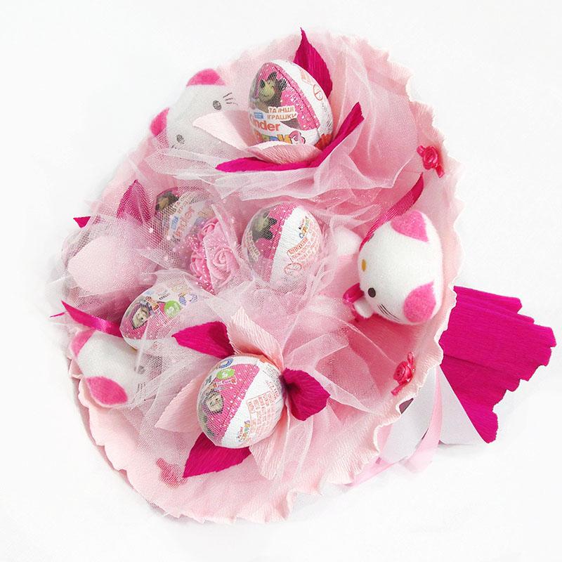 Букет из игрушек Котики 3 с Киндер Сюрприз розовый