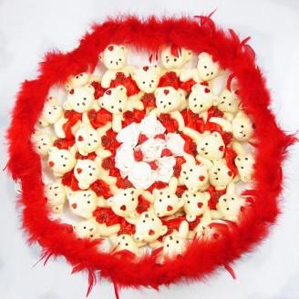 Букет з іграшок Ведмедики 31 червно-білий