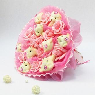 Букет из игрушек Мишки 9 в розах розовый