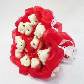 Букет з іграшок Ведмедики 11 з сердечком в червоно-білому