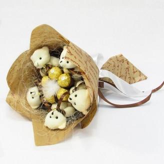 Букет из игрушек Мишки 5 с Фереро Роше Крафт