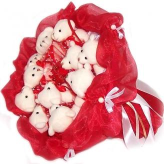 Букет из игрушек Мишки 11 белые в красном