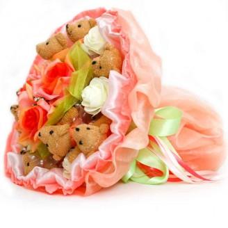 Букет из игрушек Мишки коричневые в розовом 9