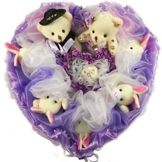 Букет из игрушек Сердце с мишками и зайками