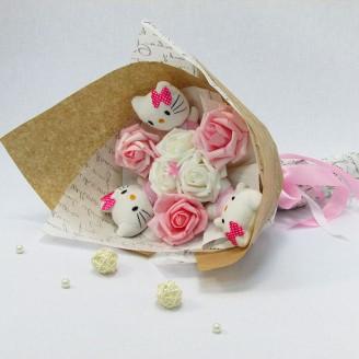 Букет з іграшок Котики 3 з трояндами рожевий Крафт